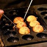 素材からこだわったたこ焼きやお好み焼きをご用意しております