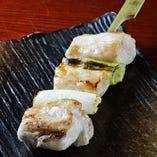 伊達鶏ねぎ間 <1串>190円(税抜) 噛めば噛むほど深い旨みを楽しめます。