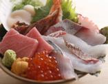 境港直送本マグロ大トロ入りの プレミアム海鮮丼!!2,100円!!