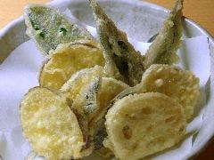 加賀野菜の天ぷら盛合せ