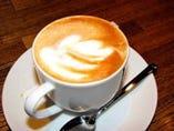 真夜中でもコーヒーが飲めます。