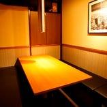 シックな雰囲気漂う完全個室~VIPでプライベート空間を演出~