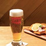 """お仕事終わりにビールとドイツ料理を楽しむ""""ちょい飲み""""にもぴったり◎"""