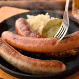 アツアツ&ジューシーで、一口食べればジュワッと肉汁があふれだします!
