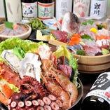 旬の魚貝をタップリと盛り込んだ海鮮鍋コースをご提供いたします。