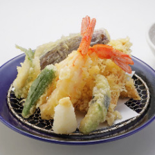 天ぷらの盛り合わせ Assorted Tempura