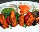 野菜のみを使用した、健康的なインド料理をご堪能ください。