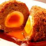 半熟卵のスコッチエッグ(トリプルソース)