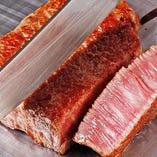口溶けの良い鳥取和牛。お好みの焼き加減でご提供いたします