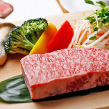 鳥取和牛を中心に、旬な食材がふんだんに楽しめる各種コース