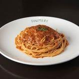 バジルとトマトソースのスパゲッティ