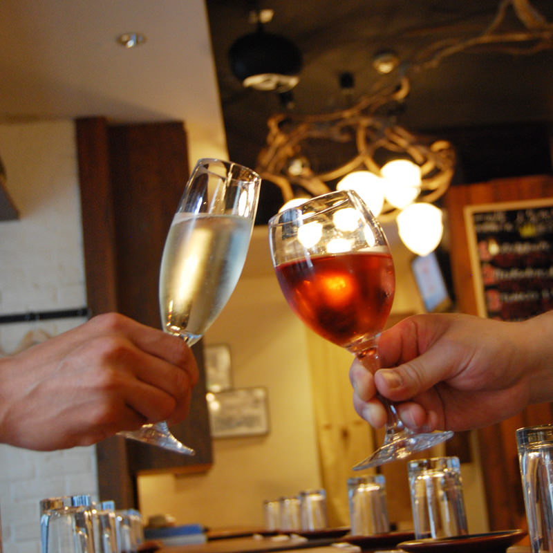 グラスは常時20種〜ご用意。