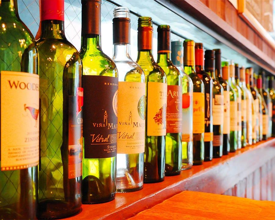 グラスワインも15種以上楽しめる店!