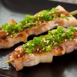 豚バラにんにく味噌串(1本)