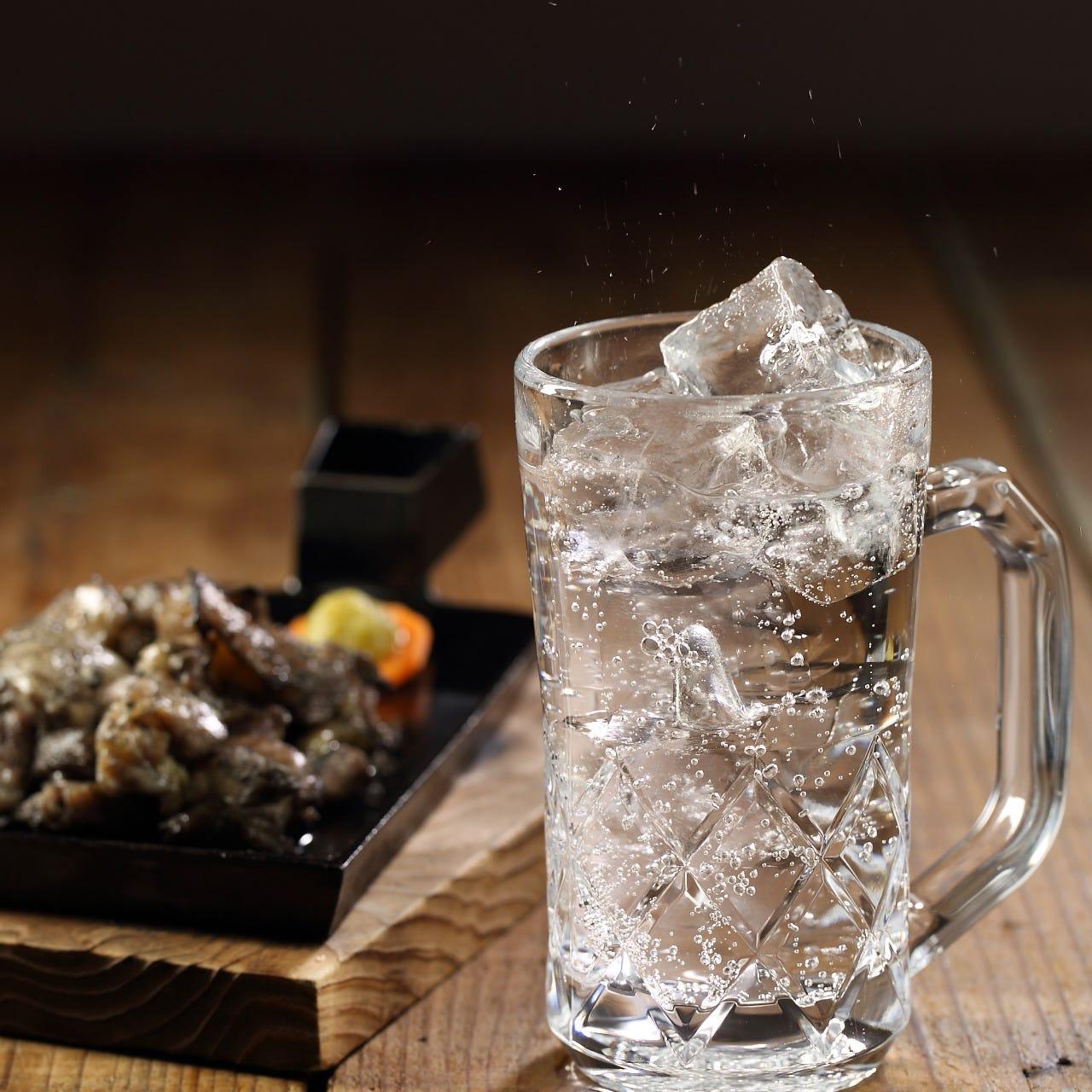 焼酎の炭酸割りはとっても飲みやすく、クセになります。