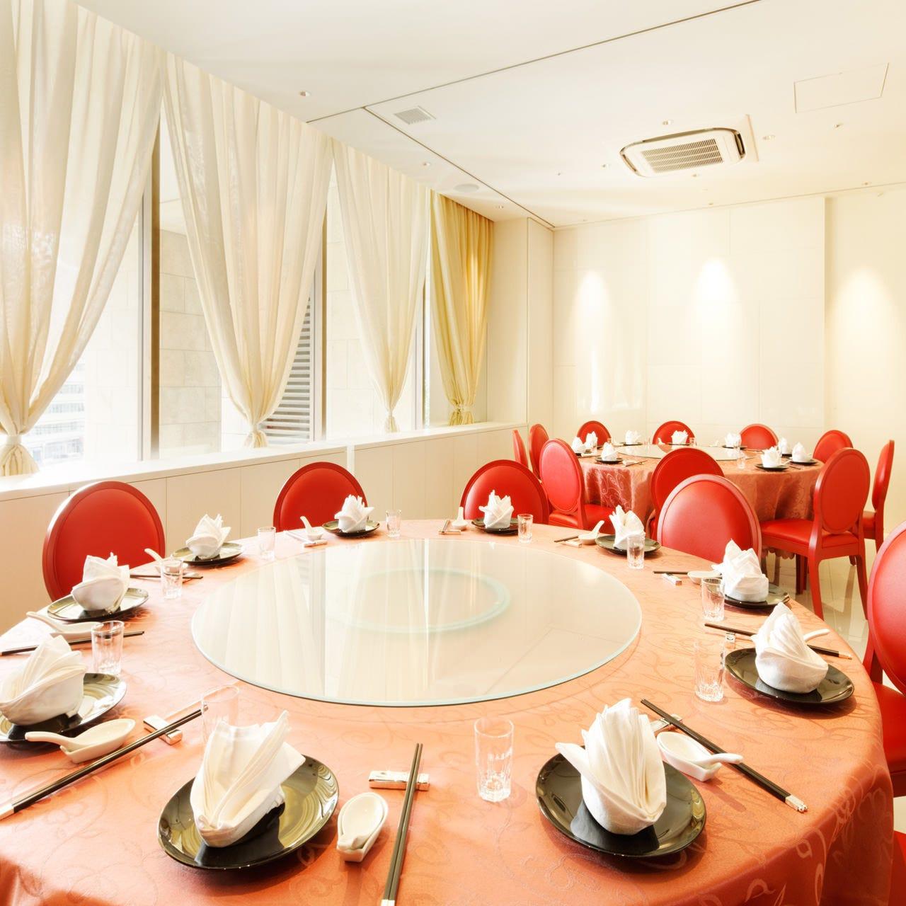 テーブル席・完全個室(壁・扉あり)・12名様~20名様