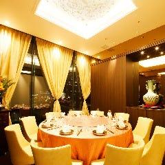 ディナー雰囲気: VIP個室 7~10名様(計1部屋)