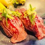 【コースのおすすめ:其の壱】2大名物の『炙り寿司』『ホルモン鍋』が楽しめます!