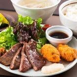 牛たん&カキフライ定食