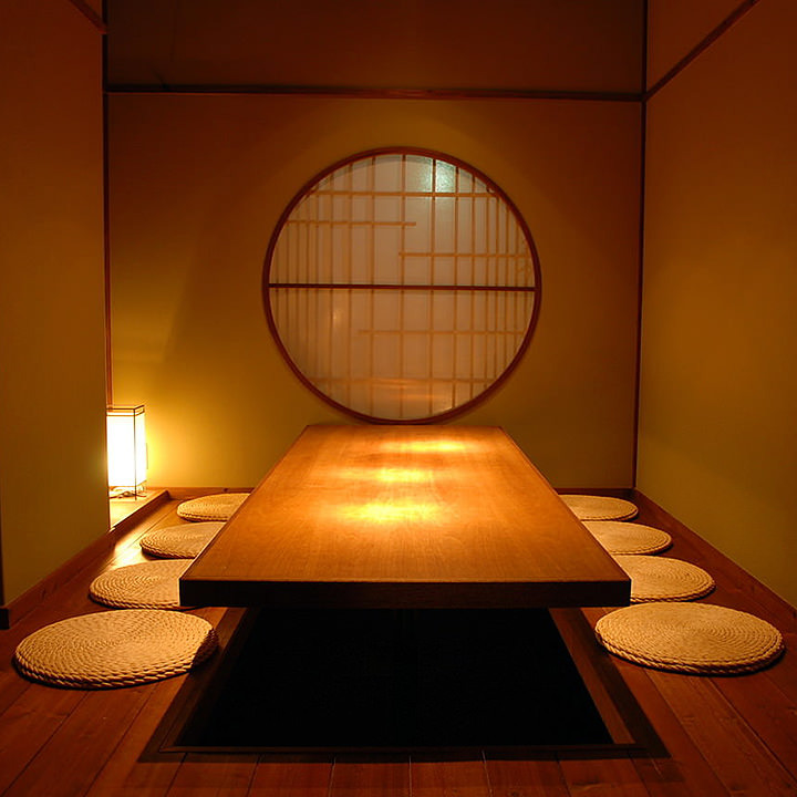 全席ゆとりの完全個室。 4名~16名様まで計10部屋ございます。