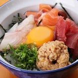 海鮮温玉納豆丼