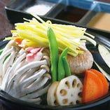 10種の野菜とピーチポークの蒸し鍋
