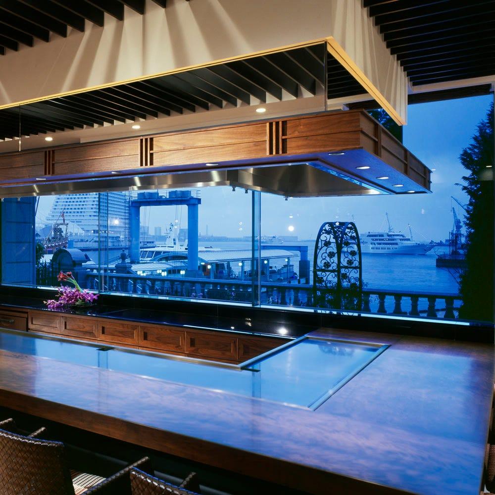 神戸港を望むオーシャンビュー