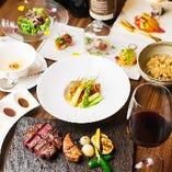ステーキや魚介に舌鼓。5種のディナーコースは9,680円〜