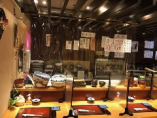カウンターにはシールドパーテーションも設置しておりますので安心してお食事をお楽しみいただけます。