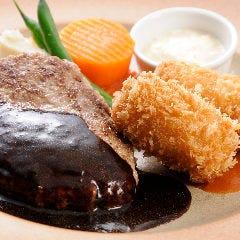 黒毛和牛のハンバーグとカニクリームコロッケ