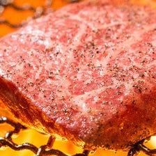黒毛和牛の炭火グリル料理