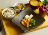 【四季替定食】長野県栄養士会の1膳塩約3gの減塩定食。
