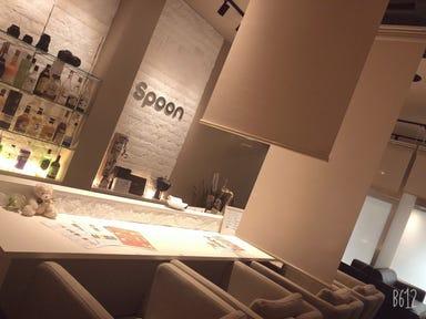 糸ピンスとクリームソーダのお店 Spoon 店内の画像