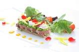 地元食材と世界の高級食材を使った こだわりのフランス料理