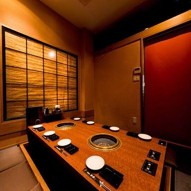 個室・炭火焼肉 新羅(しんら) 新浦安本店 店内の画像