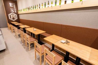 大衆肉酒場 ゼニバ msb田町店  店内の画像