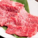 新鮮お肉が楽しめる飲み放題付き宴会コースを4000円からご用意。