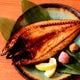 炭焼きで仕上げる海鮮料理