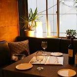 【2階】あたたかな雰囲気が自慢のテーブル席完全個室(~6名様)
