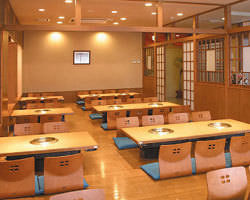 和牛焼肉・韓国料理 金剛園 根城店 店内の画像
