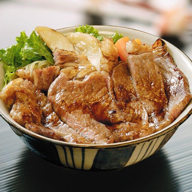 寶来亭のステーキ牛丼 松阪肉