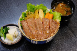 寶来亭ステーキ牛丼 単品