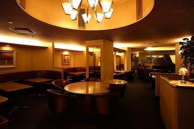 大阪新阪急ホテル パブ・ラウンジ ビーツ 店内の画像