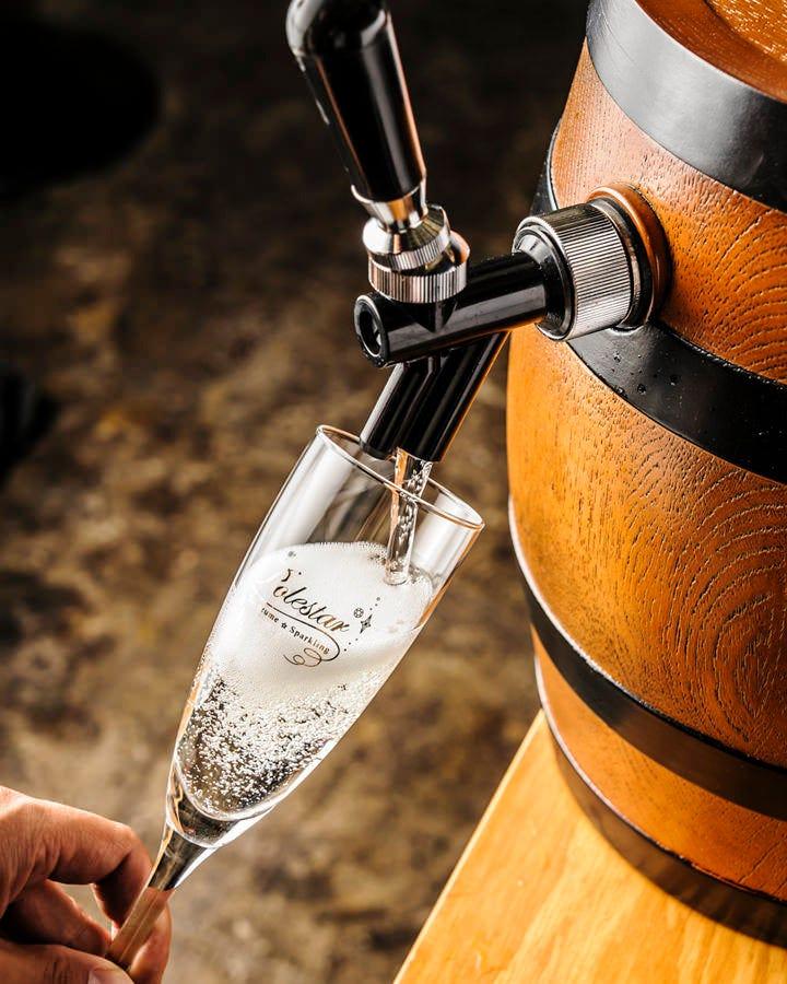 乾杯は福島初!の樽詰スパークリングワインで♪