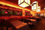 広々店内は天井も高く開放感抜群! イタリア下町食堂がココにも