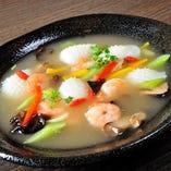 花イカと海老の海鮮塩炒め