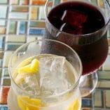 自家製のサングリアは4種類、フルーティで飲みやすい♪