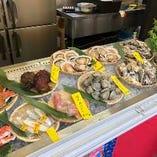 当店は仙台朝市直結ならではの鮮度抜群の「二枚貝」にこだわります