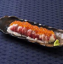 話題の肉の寿司!海鮮とのコラボ