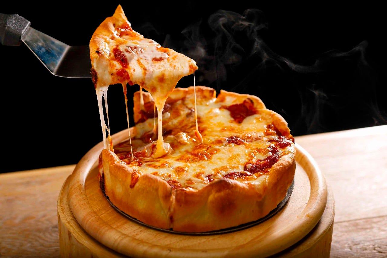 話題の石窯シカゴピザ